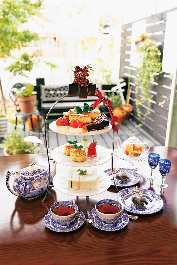 紅茶専門店のおいしいアフタヌーンティーを愉しむ