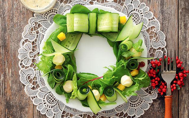 3種の野菜とチーズのリースサラダ