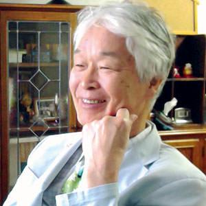 歯学博士<br>尚絅学院大学名誉教授<br>岩倉 政城先生